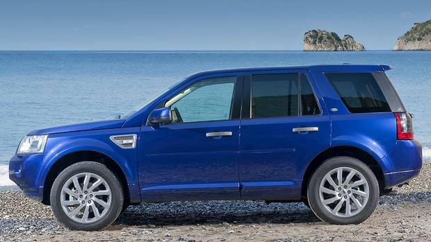 Lr2 deals freebies assalamualaikum cute experience all terrains with a land rover lease you have the luxury and durability to handle the rockiest environments shop theleaseoutlet now fandeluxe Images
