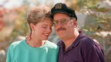 This Oct. 25, 1995 file photo shows Toni Tennille, left, and Daryl Dragon, the singing duo The Captain and Tennille, posing during an interview in at their home in Washoe Valley, south of Reno, Nevada. (DAVID B PARKER/AP)