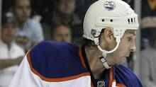 Edmonton Oilers left wing Ryan Smyth is on pace for a 40 goal season. (AP Photo/Mark Humphrey) (Mark Humphrey/AP)