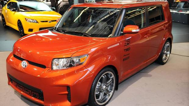 scion xb is it hip to be square the globe and mail. Black Bedroom Furniture Sets. Home Design Ideas
