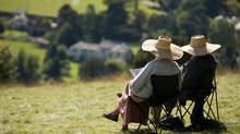 Retired couple relaxing (thinkstock.com)