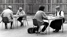 Census takers at the Good Shepherd Mission on June 4, 1991. (John McNeill/Globe and Mail)