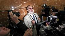 U.S. actor Randy Quaid jokes with media while riding in elevator up to Immigration Court prior to a hearing in Vancouver, British Columbia October 28, 2010. Quaid has requested asylum in Canada. (Andy Clark/Reuters/U.S. actor Randy Quaid jokes with media while riding in elevator up to Immigration Court prior to a hearing in Vancouver, Britis)