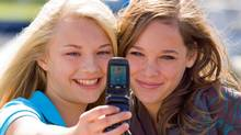 Teen sexting is no fad: Everyone loves to share photos of themselves, the technology makes it simple and quick, and teens have strong sexual feelings. (Thinkstock/Thinkstock)