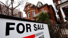 A house is seen for sale on the real estate market in Toronto, April 9, 2009. Canadian housing starts rose an unexpectedly strong 13.7 percent in March, breaking a six-month losing streak, but analysts said the recovery is likely to be temporary. REUTERS/Mark Blinch (CANADA BUSINESS) (Mark Blinch/Mark Blinch/REUTERS)