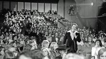 Paul Anka hosted the first televised Juno ceremony on CBC in 1975. (Plum Communications Inc./Plum Communications Inc.)