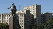 A view of the Lenin monument in Kharkiv, Ukraine. The statue is a flashpoint for the dispute between Ukraine's pro-European activists and those devoted to the country's Soviet heritage and links to Russia. (GLEB GARANICH/REUTERS)