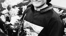 "This 1978 file photo originally released by ABC shows actor Robin Williams on the set of ABCs ""Mork and Mindy."" (THE ASSOCIATED PRESS)"