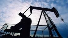 oil rig energy platform (Jupiterimages/(C) 2007 Jupiterimages)