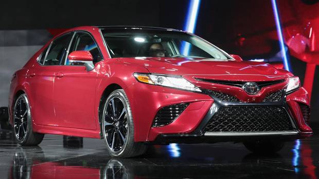 toyota overhauls its best selling camry for 2018 the globe and mail. Black Bedroom Furniture Sets. Home Design Ideas