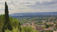 A view over the Rhône Valley from Châteauneuf-du-Pape. (Mark Holloway/Thinkstock)