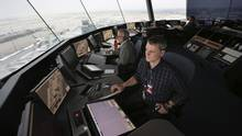 Air traffic controllers monitor traffic at the Pierre Elliott Trudeau International Airport in Montreal in this photo from 2012. (Patrick Doyle/Bloomberg)