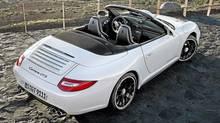 2011 Porsche 911 Carrera GTS Cabriolet (Porsche)