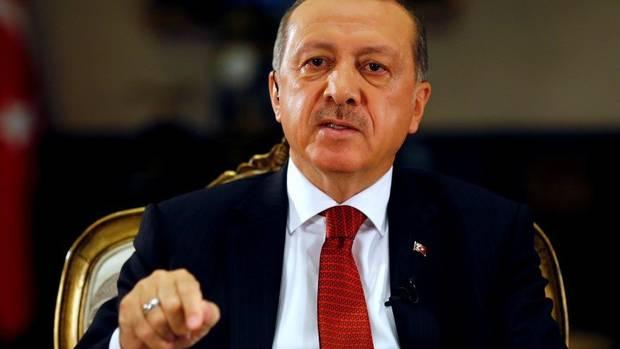 Turkish President Tayyip Erdogan attends an interview with Reuters at the Presidential Palace in Ankara, Turkey, July 21, 2016. REUTERS/Umit Bektas (UMIT BEKTAS)