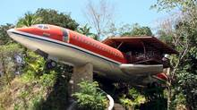 A 727 fuselage home in Manuel Antonio, Costa Rica, one of the properties available through Airbnb. (Airbnb)