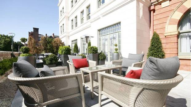 Five star luxury for less dublin 39 s famous hospitality for Five star boutique