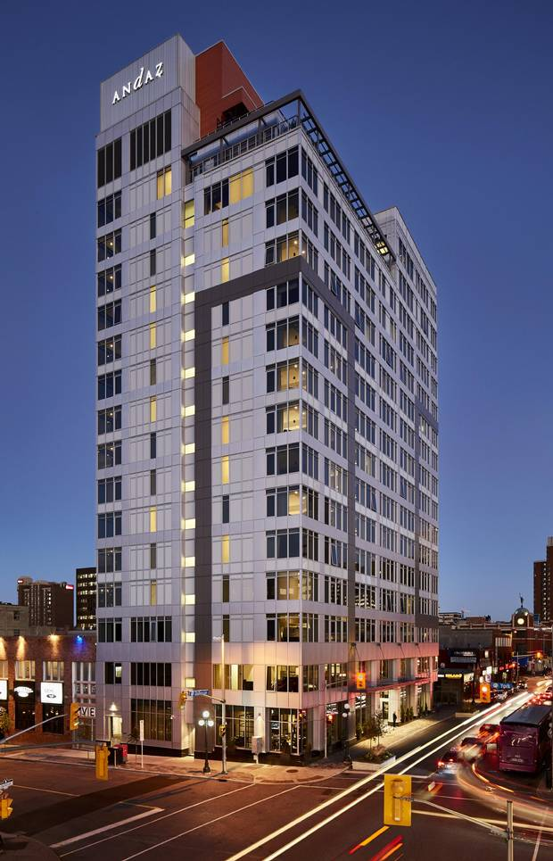 Andaz ottawa brings luxury lodgings to the byward market for Hotel boutique ottawa