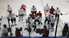 Gary Roberts discusses tactics during the Biosteel training camp. (Fred Lum/Fred Lum/The Globe and Mail)