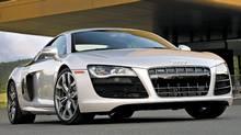 2010 Audi R8 5.2 FSI V-10 (Audi)