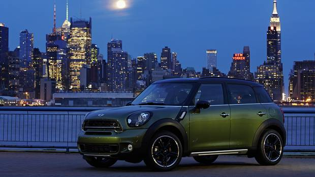 A Small Crush Of Stylish Crossovers Unveiled In New York The Globe And Mail
