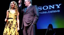 Sony CEO Howard Stringer, right, with musician Taylor Swift at the Consumer Electronics Show (CES) in Las Vegas, Wednesday, Jan. 6, 2010 (Paul Sakuma/Paul Sakuma/AP)