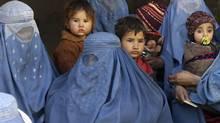 Afghan women with their children in Kanduz. File photo 2010 (FABRIZIO BENSCH/REUTERS)
