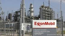 A view of the Exxon Mobil refinery in Baytown, Tex. (© Jessica Rinaldi / Reuters/Jessica Rinaldi /Reuters)
