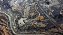 The Syncrude oil sands mine north of Fort McMurray, Alta. (TODD KOROL/REUTERS)