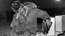 Bryan Pearson in 1984, during his last term as mayor of Iqaluit, at the IODE hall in Apex, Nunavut, which he was proposing to renovate and reuse as a community centre. (Jim Bell/Nunatsiaq News)