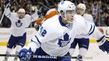 Toronto Maple Leafs forward Tyler Bozak celebrates his goal against the Philadelphia Flyers during the second period of their NHL hockey game in Toronto January 14, 2010. REUTERS/ Mike Cassese (MIKE CASSESE)