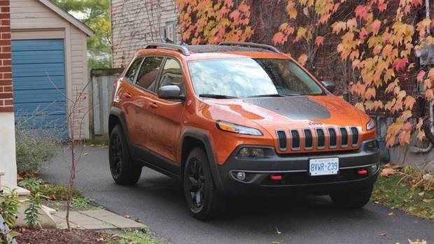 review 2015 jeep cherokee trailhawk is anything but bland the globe and mail. Black Bedroom Furniture Sets. Home Design Ideas