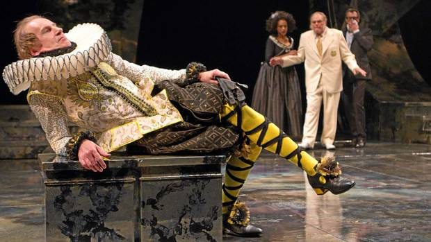 shakespeare s twelfth night treatment of malvolio Transcript of shakespeare's twelfth night  after malvolio insulted/threatened sir toby, andrew,  (treatment for those possessed by devil).