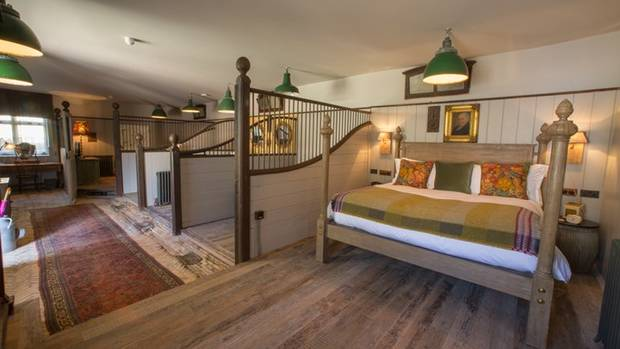 Luxury boutique hotel the pig at combe offers british for Best boutique hotels devon