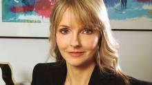 Kirstine Stewart (Tom Sandler)