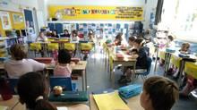 A grade five class at John Ross Robertson Public School in North Toronto, June, 2005. (Fred Lum)