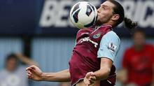 West Ham United's Andy Carroll controls the ball during their English Premier League soccer match against Fulham at Upton Park in London September 1, 2012. (STEFAN WERMUTH/REUTERS)