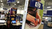 Hewlett-Packard revenue beats forecasts (Justin Sullivan/Getty Images)