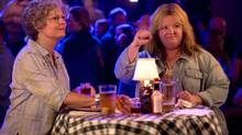 "SUSAN SARANDON as Pearl and MELISSA McCARTHY as Tammy in New Line Cinema's comedy ""TAMMY,"" a Warner Bros. Pictures release. (Michael Tackett)"