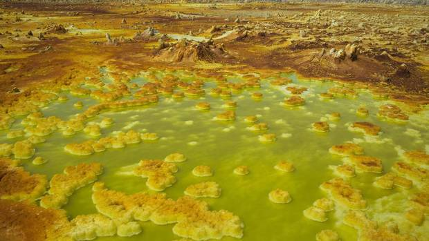 Sulphur and mineral salt formations are seen near Dallol in the Danakil Depression, northern Ethiopia, April 22, 2013. (STRINGER/REUTERS)