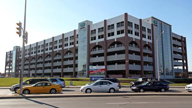 GO Transit's six-storey parking garage opened on Oct. 19 in Oakville, Ont., a community west of Toronto. This is the most recent of six GO garages to be completed – with four more under construction in the Greater Toronto Area. (EllisDon)