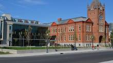 +VG Architects' modern addition to Queen's University's business school in Kingston, Ont. (Queen's University)