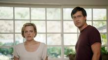 In The One I Love, Elisabeth Moss and Mark Duplass play a young couple attempting to recover from a minor infidelity.