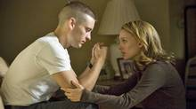 Tobey Maguire (as Sam Cahill) and Natalie Portman (as Grace Cahill) star in Brothers.