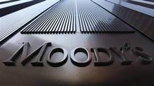 A Moody's sign on the 7 World Trade Center tower is photographed in New York August 2, 2011. (© Mike Segar / Reuters/REUTERS)
