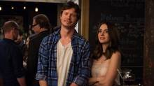 Anders Holm, left, as Tom and Alison Brie as Lucy in How to Be Single, a refreshingly unconventional romantic comedy, particularly for one released by a major studio. (JoJo Whilden/Warner Bros. Pictures)