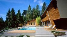 (BattersbyHowat Architects Inc.)