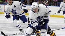 Toronto Maple Leafs centre Mitch Marner during the first period of a preseason NHL hockey game against the Buffalo Sabres, Friday, Sept. 30, 2016. (Jeffrey T. Barnes/THE ASSOCIATED PRESS)