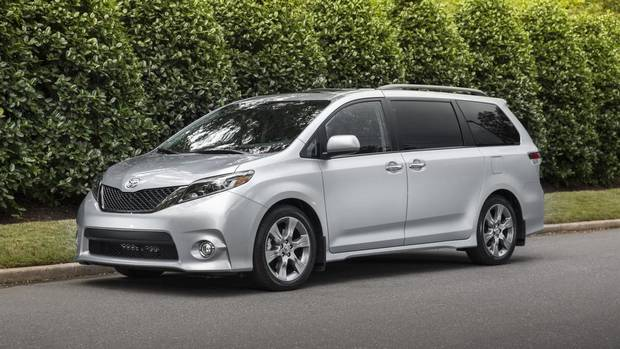Toyota Recalling 834 000 Sienna Minivans Due To Sliding