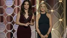 Amy Poehler and Tina Fey host the 71st annual Golden Globe Awards in Beverly Hills, California January 12, 2014. (NBCUNIVEERSAL/REUTERS)