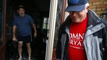 Volunteer Jeff Johnson canvasses for U.S. Republican presidential candidate Mitt Romney in Columbus, Ohio October 30, 2012. (ERIC THAYER/REUTERS)